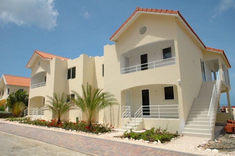 RE/MAX real estate, Curacao, Royal Palm Resort, Royal Palm Resort - Flamingo - new 2 bedroom condo's - ONLY FEW LEFT!