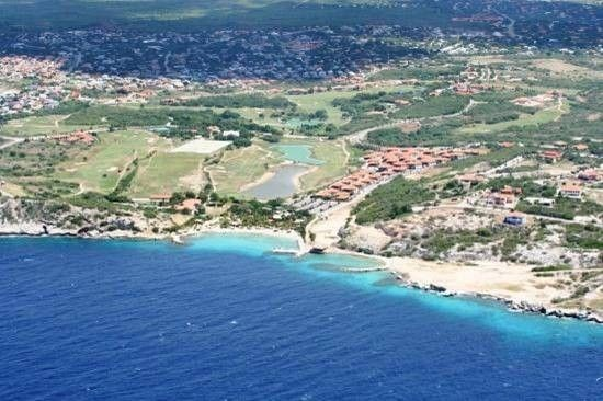 RE/MAX real estate, Curacao, Blue Bay Golf & Beach Resort, SPECIAL PRICE:Beautiful lot on gated resort with golf & private beach