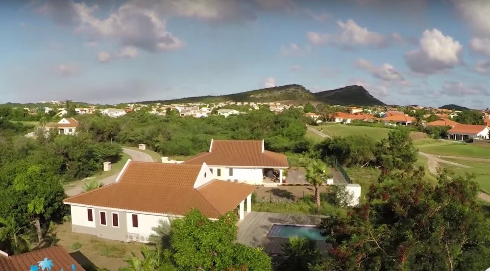 RE/MAX real estate, Curacao, Blue Bay Golf & Beach Resort, J-sectie: Build your dream vacation home in gated community Caribbean