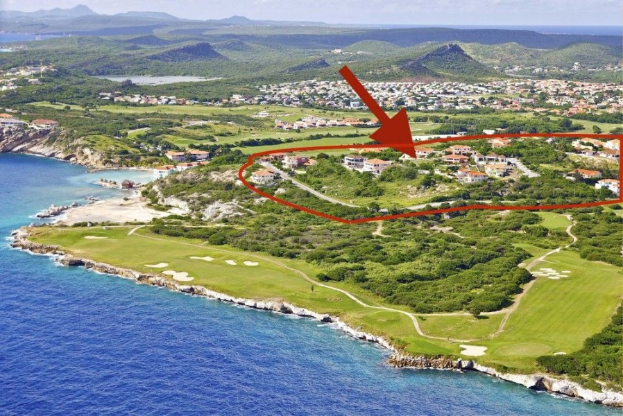 RE/MAX real estate, Curacao, Blue Bay Golf & Beach Resort, Blue Bay Resort: hillside lots on T-section - most lots have sea view
