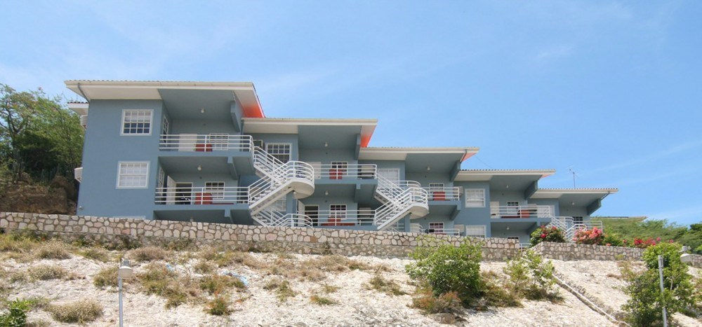 RE/MAX real estate, Curacao, Vredenberg, For sale: great investment - student housing complex in Caribbean