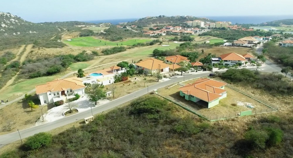 RE/MAX real estate, Curacao, Blue Bay Golf & Beach Resort, Blue Bay lot BO28-built your dream home on this golf resort with beach