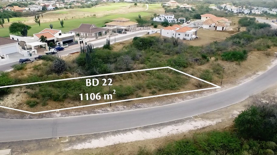 RE/MAX real estate, Curacao, Blue Bay Golf & Beach Resort, Blue Bay - Spacious lot for sale on beautiful resort