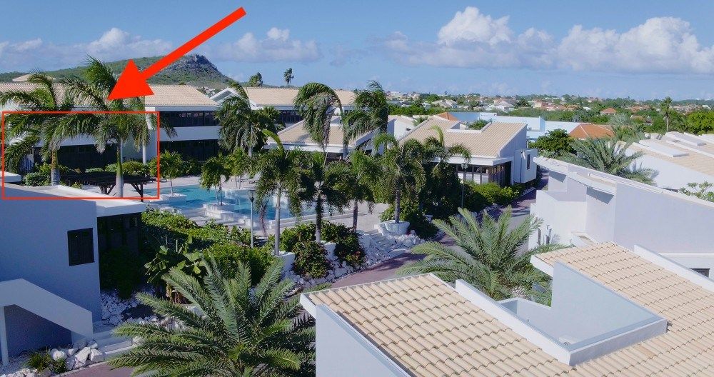 RE/MAX real estate, Curacao, Blue Bay, Pool side vacation bliss! 2 bedroom apartment on golf and beach resort