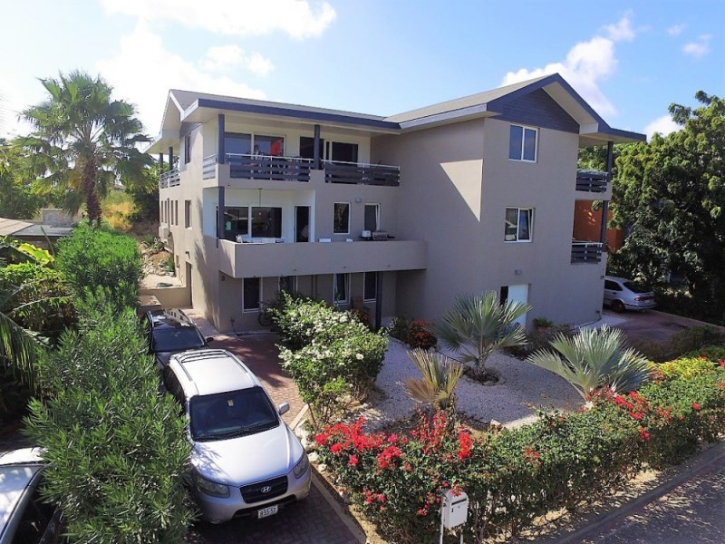 RE/MAX real estate, Curacao, Vredenberg, Great for vacation rentals- Two 4-bed homes on top location near beach