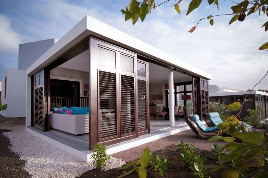RE/MAX real estate, Curacao, Blue Bay, Indigo Garden stand alone villa 6 - next to golf course so great views