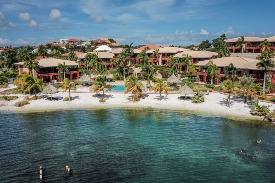 RE/MAX real estate, Curacao, Brakkeput Abou, Investment opportunity! 2 waterfront condos Spanish Water Apartments