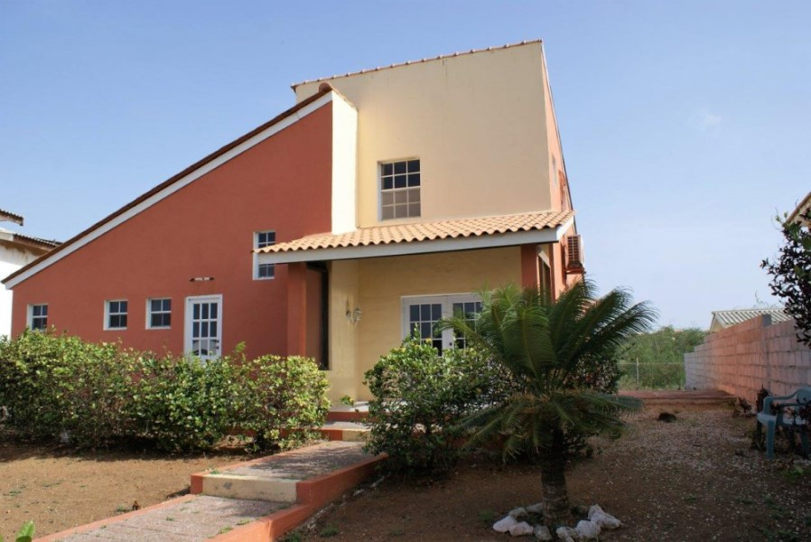 RE/MAX real estate, Curacao, Curasol, Curasol - detached bungalow for sale at Kaya Kashimiri