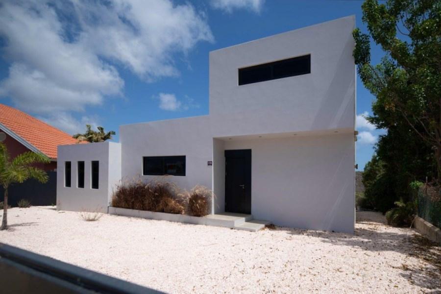 RE/MAX real estate, Curacao, Grote Berg, Grote Berg - Moderne strakke vrijstaande villa