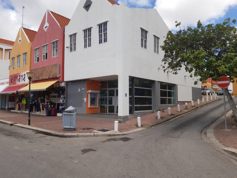 RE/MAX real estate, Curacao, Otrabanda, Gorgeous commercial space in the heart of Willemstad