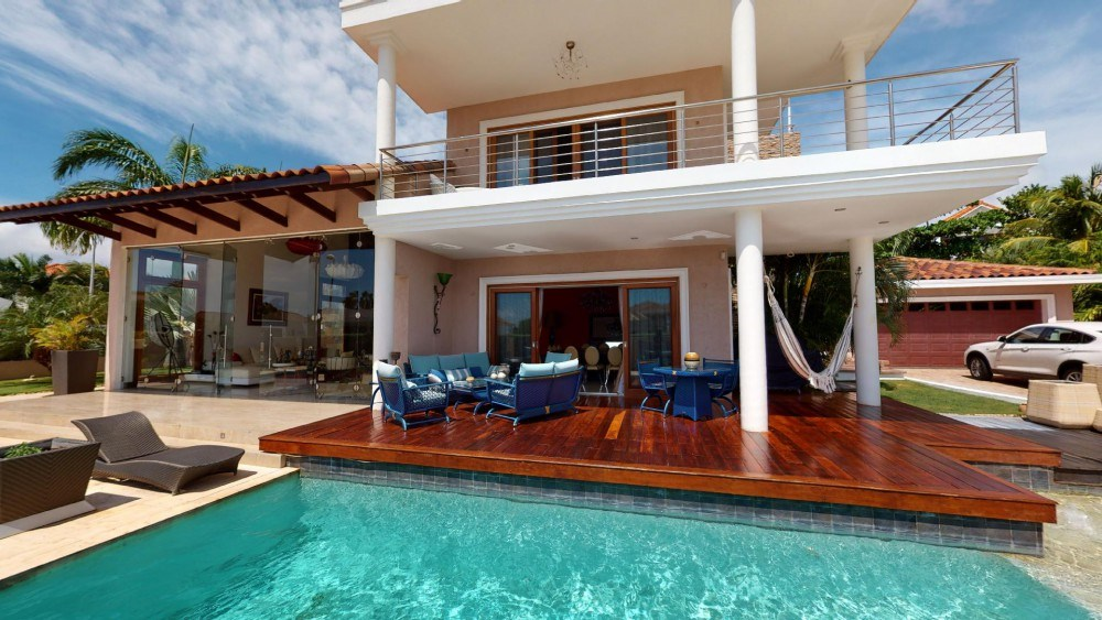 RE/MAX real estate, Curacao, Sorsaka, Sorsaka Resort - Stunning 8-bedroom villa for sale