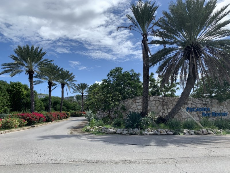 RE/MAX real estate, Curacao, Piscadera, Piscadera Bay Resort-Villa with 3 bedrooms perfect for investment