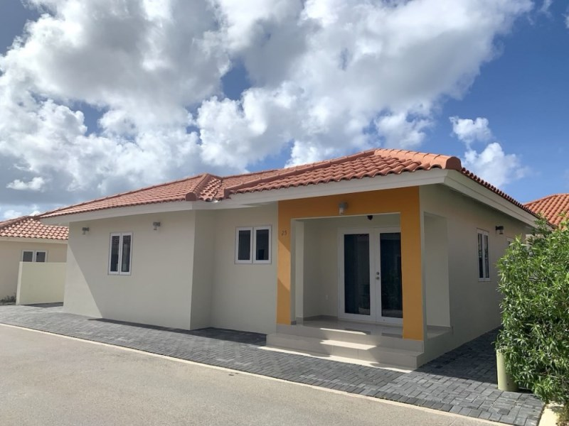 RE/MAX real estate, Curacao, Bottelier, Bottelier - Toscana Resort – Beautiful 3-bedroom home for sale
