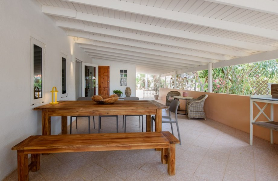 RE/MAX real estate, Curacao, Banda Abou, Kalki - Beautiful house with 3 apartments for sale