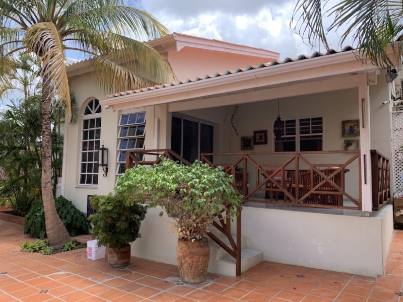 RE/MAX real estate, Curacao, Jan Thiel, Jan Thiel - Lagunisol - 3 bedroom home in resort with swimming pool