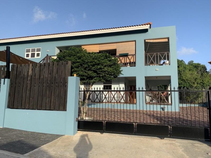 RE/MAX real estate, Curacao, Brakkeput Abou, Brakkeput Abou: Lovely 2-bedroom apartment for rent