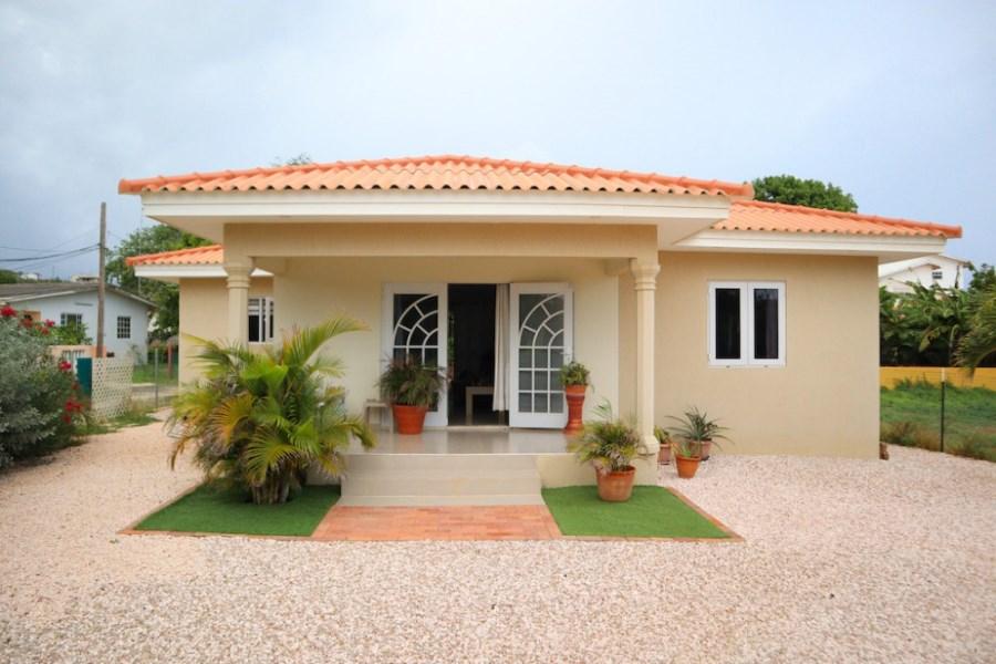 RE/MAX real estate, Curacao, Koraal Partier, Koraal Partier – Beautiful 2-bedroom home for rent