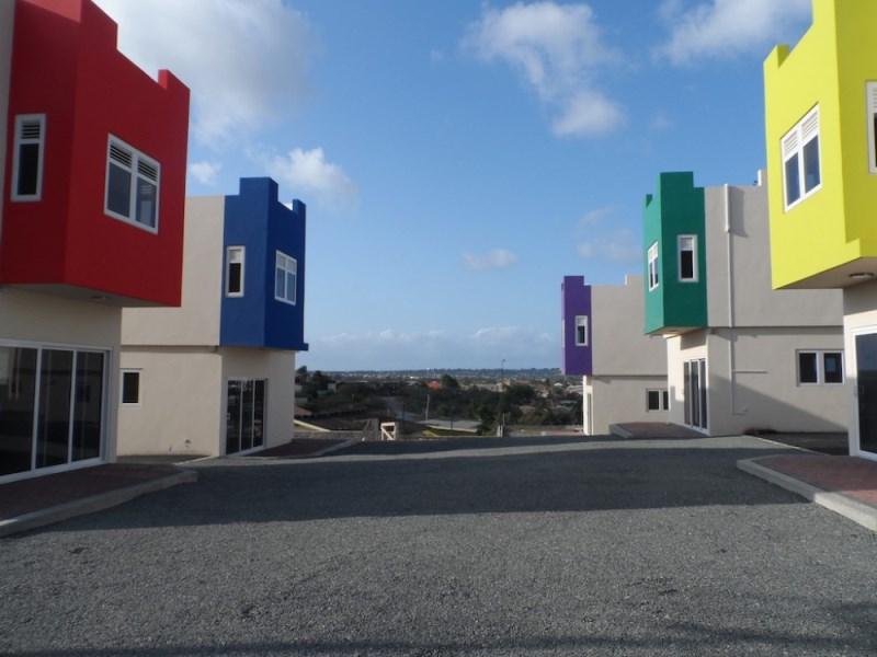 RE/MAX real estate, Curacao, Santa Maria, St. Maria - Newly built apartments for rent at Aismara Resort