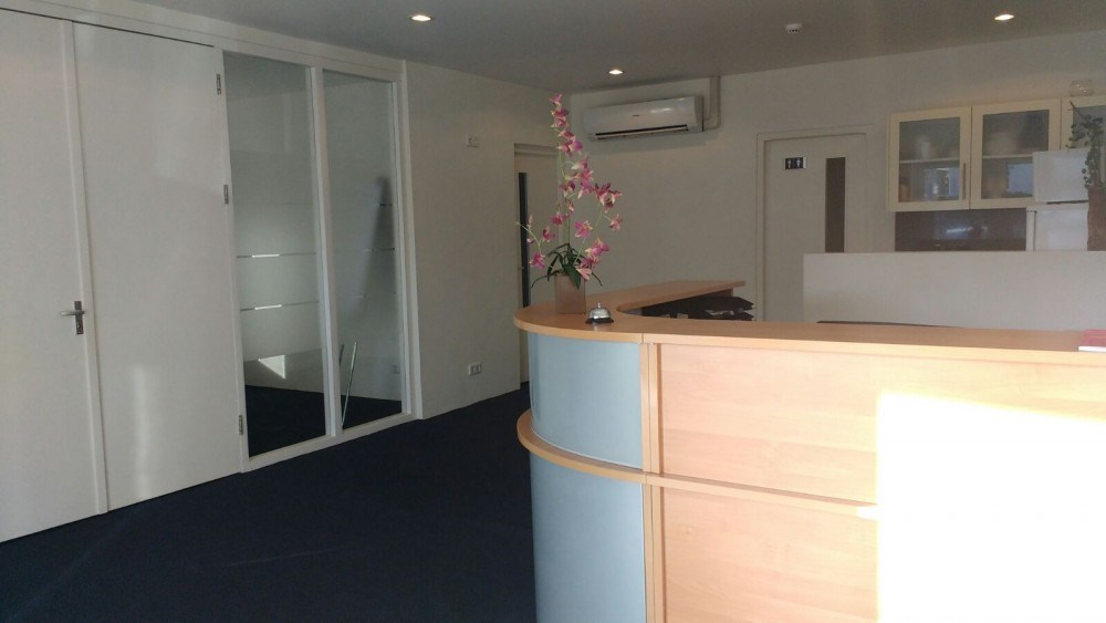 RE/MAX real estate, Curacao, Mahaai, Mahaai - Full Service, centrally located office space for rent