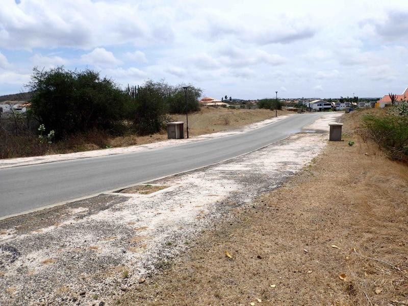 RE/MAX real estate, Curacao, Blue Bay Golf & Beach Resort, Blue Bay BD-35 - Centrally located lot with views over the golf course