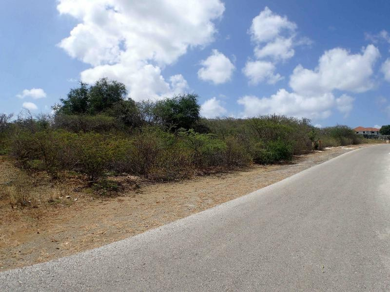 RE/MAX real estate, Curacao, Blue Bay Golf & Beach Resort, Blue Bay BR-45 - Lot with a great location located at the 15h hole
