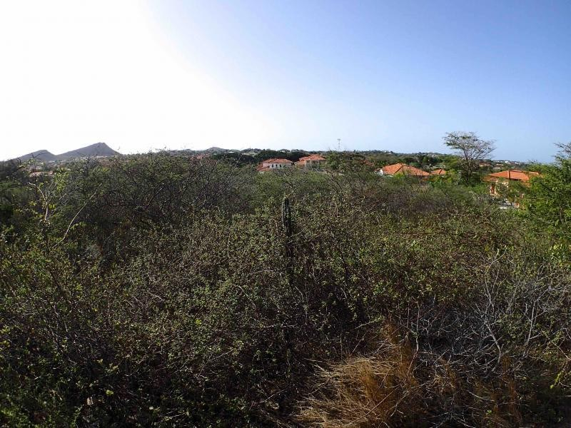 RE/MAX real estate, Curacao, Blue Bay Golf & Beach Resort, Blue Bay BO-27 - Lot for sale on the centrally located section