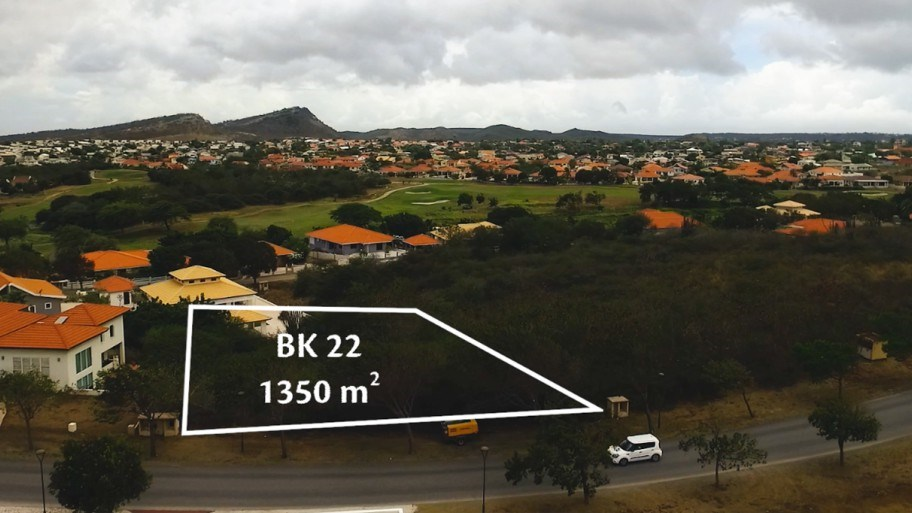 RE/MAX real estate, Curacao, Blue Bay, BB BK-22 - Large sloping lot for sale with views over the golf course