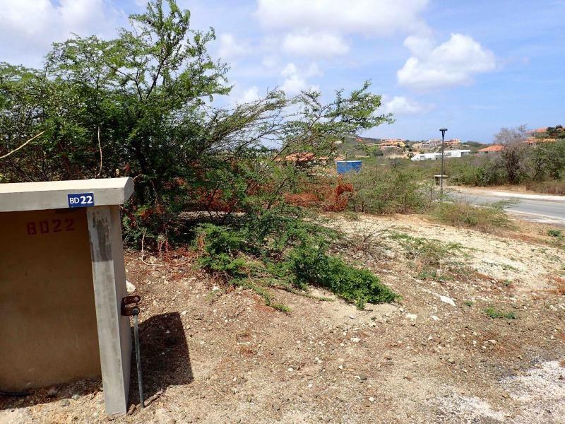 RE/MAX real estate, Curacao, Blue Bay Golf & Beach Resort, Blue Bay BD-22 - Beautiful lot on a corner on a gated golf resort