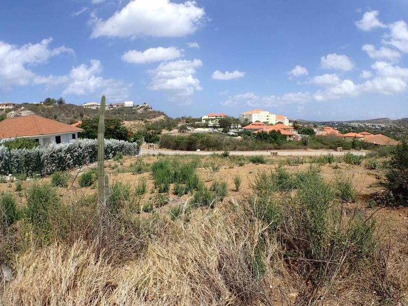 RE/MAX real estate, Curacao, Blue Bay, Blue Bay BR-48 - Large lot at the 15th hole to build your dream house