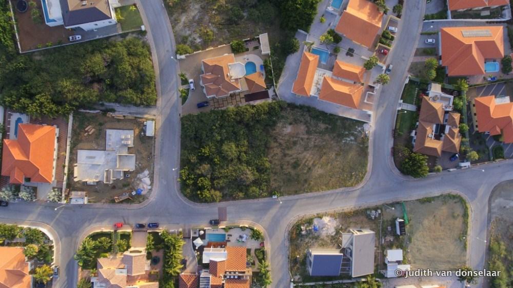 RE/MAX real estate, Curacao, Zuurzak, Villapark Zuurzak - beautiful, spacious corner lot (1,369 m2) for sale