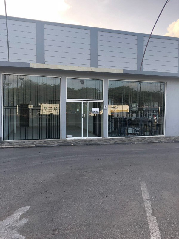 RE/MAX real estate, Curacao, Santa Maria, Commercial unit on Rooseveltweg