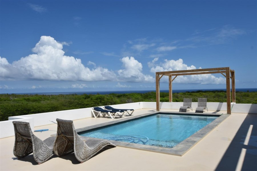 RE/MAX real estate, Curacao, Grote Berg, Grote Berg - Villa with pool, rooftop terrace, and amazing view
