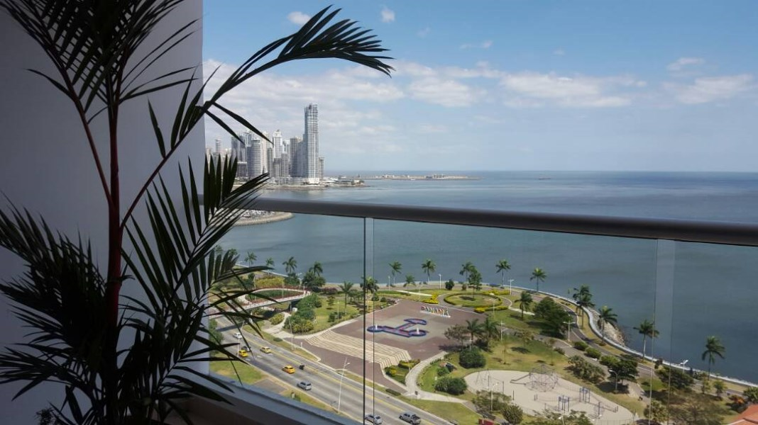 Remax real estate, Panama, Panamá - Albrook, A1V-A-0013 FULL APARTMENT FURNISHED IN PH RIVAGE