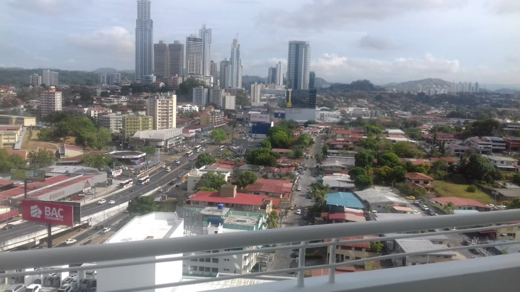 Remax real estate, Panama, Panamá - Edison Plaza, A2V-A-0017 Super Price With 3 Parkings Furnished