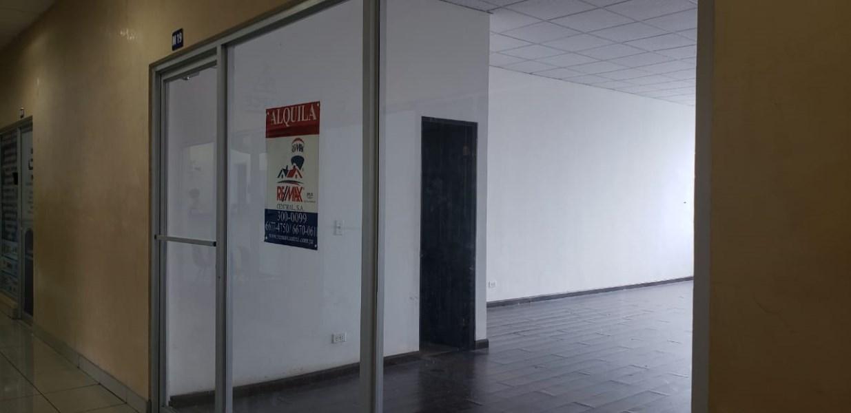 Remax real estate, Panama, Panamá - Altos de Panamá,  Large Local in Altos de Panama