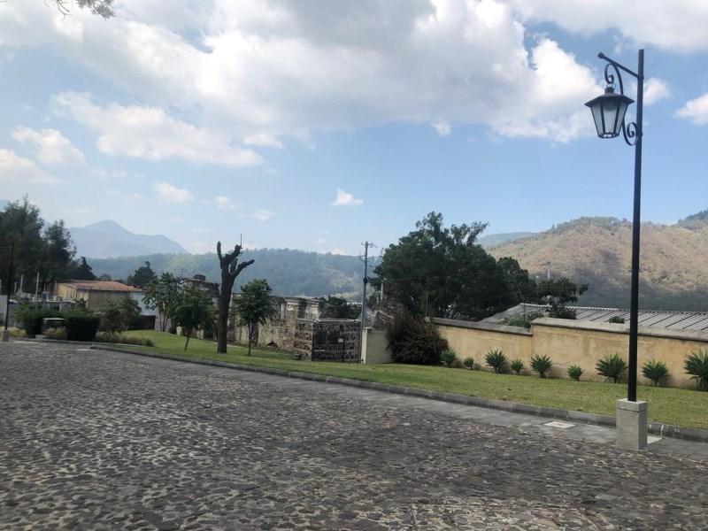 Remax real estate, Guatemala, La Antigua Guatemala, 5036 LOT FOR SALE IN SANTA INÉS, CASCO DEL CERRO (540v2)