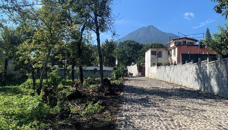 Remax real estate, Guatemala, La Antigua Guatemala, 6002 GREAT LOTS FOR SALE IN ANTIGUA GUATEMALA (SAN PEDRO LAS HUERTAS)