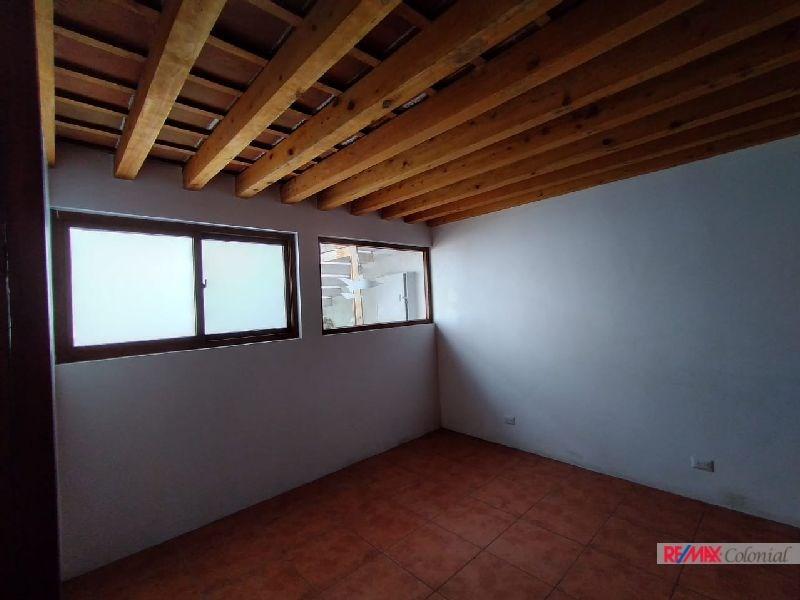 RE/MAX real estate, Guatemala, La Antigua Guatemala, 5090 NICE COMMERCIAL AREA IN ANTIGUA GUATEMALA
