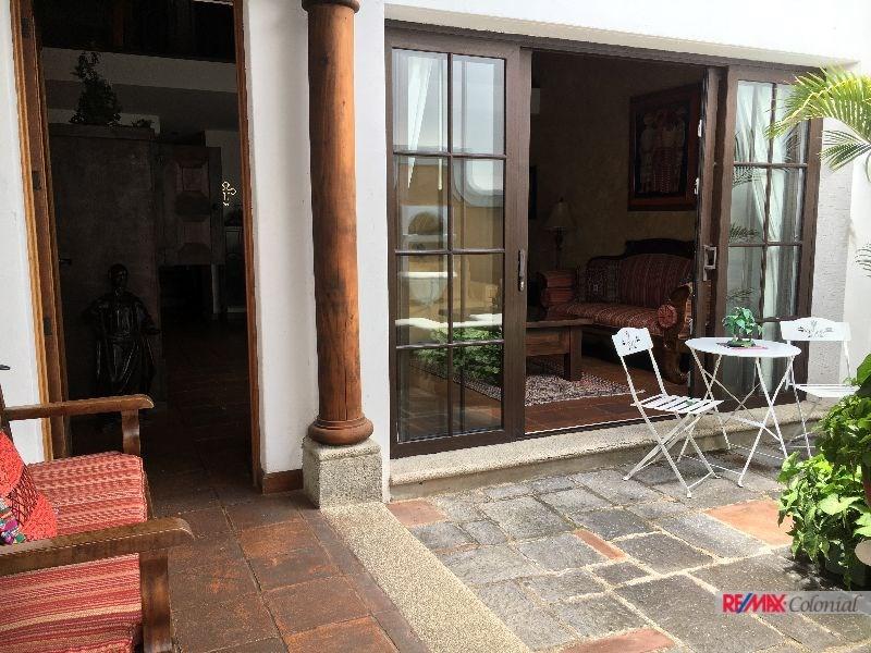 Remax real estate, Guatemala, La Antigua Guatemala, 4782 NICE APARTAMENT FOR SALE DOWNTOWN OF ANTIGUA GUATEMALA