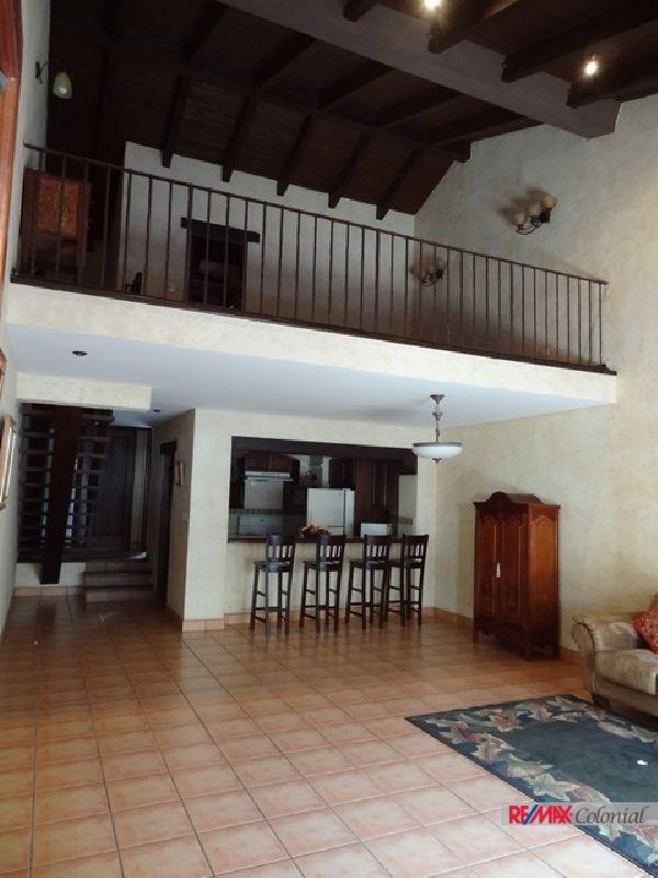 Remax real estate, Guatemala, La Antigua Guatemala, 2336 WELL LOCATED APARTMENT FOR SALE DOWNTOWN OF ANTIGUA GUATEMALA