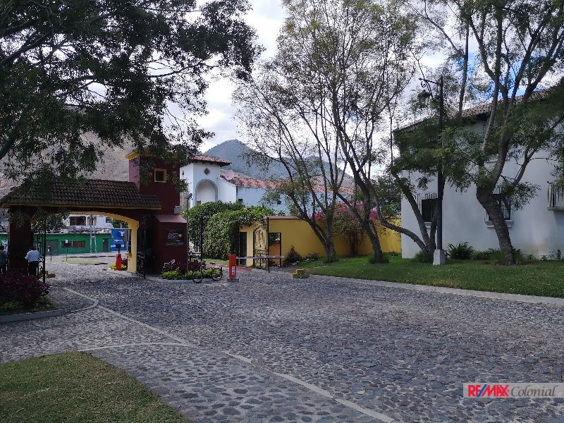 Remax real estate, Guatemala, Jocotenango, COZY HOUSE FOR SALE IN CONDOMINIO BELLA VISTA – JOCOTENANGO