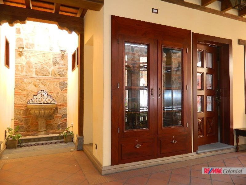 Remax real estate, Guatemala, La Antigua Guatemala, COMMERCIAL PROPERTY FOR A BEAUTY SALON IN ANTIGUA GUATEMALA