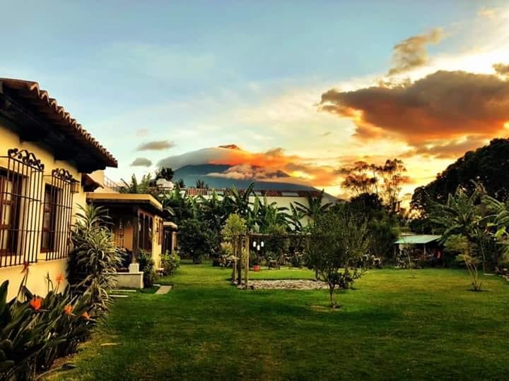 Remax real estate, Guatemala, La Antigua Guatemala, 4596 LOVELY HOUSE FOR RENT IN ANTIGUA GUATEMALA
