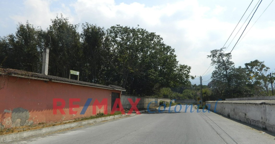 Remax real estate, Guatemala, La Antigua Guatemala, 2098 GREAT LAND FOR SALE IN ANTIGUA  (3,000v2) (C)