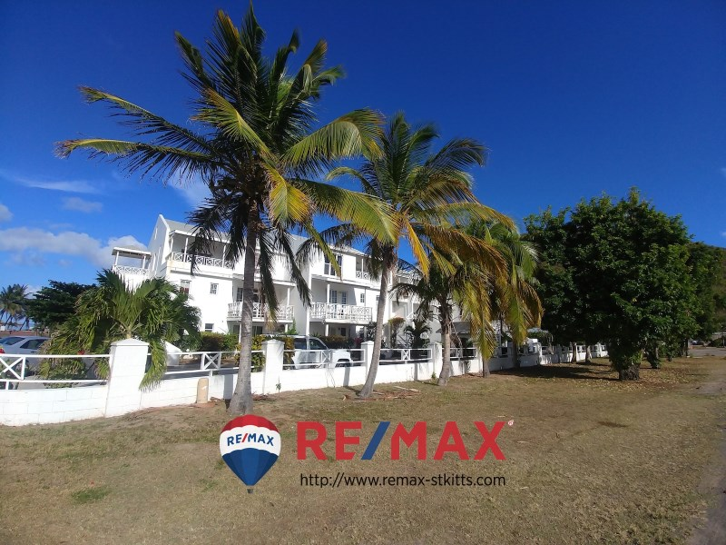 RE/MAX real estate, Saint Kitts and Nevis, Basseterre, One bedroom condo at St. Christopher Club for sale, St. Kitts