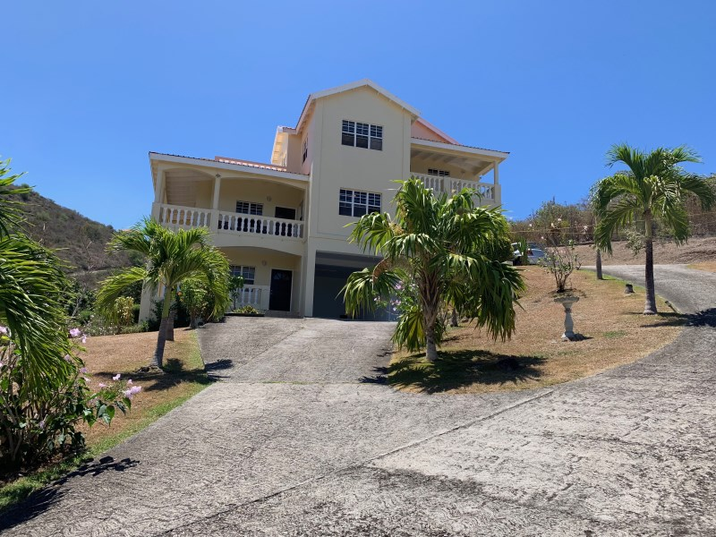 RE/MAX real estate, Saint Kitts and Nevis, Bourryau, 