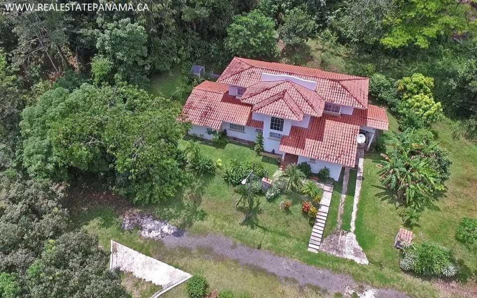 Remax real estate, Panama, La Chorrera, Beautiful Gated Community in the Hills of Panama