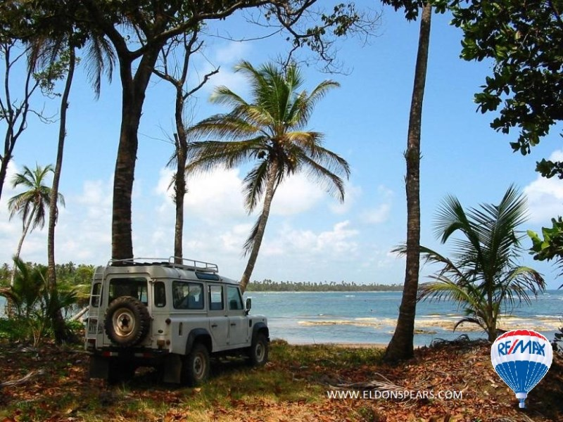 Remax real estate, Panama, Chagres - Salud, 10 Acre Caribbean Front Lot in Salud, Colon