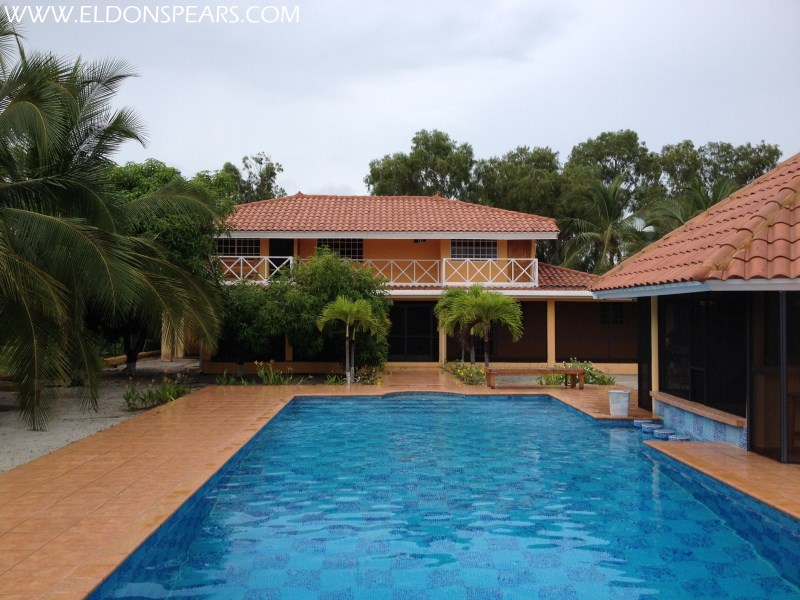 Remax real estate, Panama, Chame - Punta Chame, Large Beachfront Home for Sale in Punta Chame  $879,500