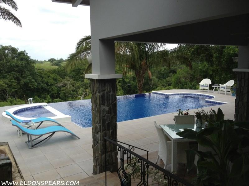Remax real estate, Panama, La Chorrera, Beautiful Gated Community in Panama